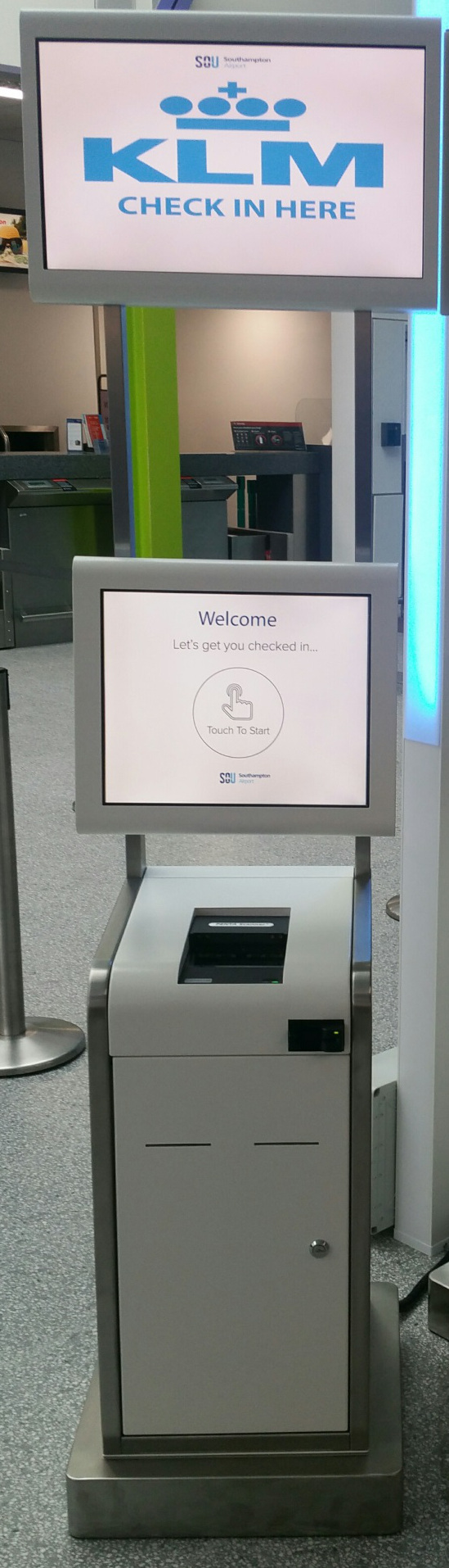 KLM self check in kiosk